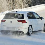 2021-VW-Golf-R-spy-shots-11