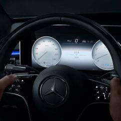 2021-Mercedes-Benz-S-Class-MBUX-infotainment-system-5