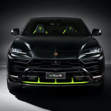 2021-Lamborghini-Urus-Graphite-Capsule-1