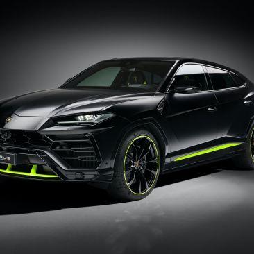 2021-Lamborghini-Urus-Graphite-Capsule-3