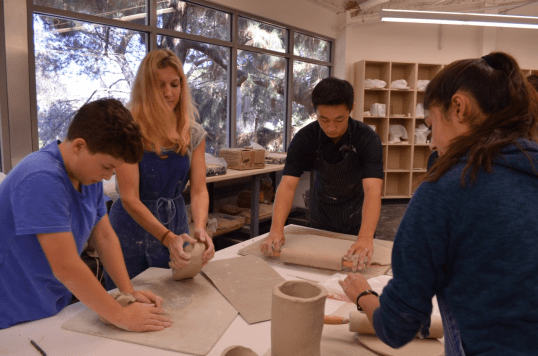 Students work during Clay and Glass Credit: Casey Kim '20/SPECTRUM