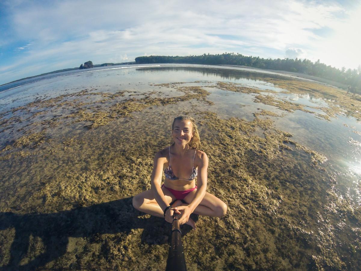 Jóga selfiečko, všade bol mäkký pieskový akoby koberec
