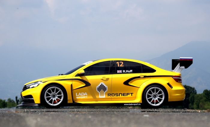 lada 021 The racing version of the new Lada Vesta (20 photos)