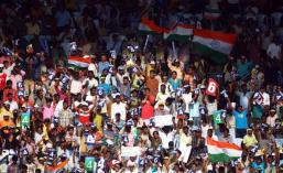 Cricket fans at India vs. Aus test match
