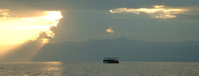 Sunset View of Lake Kivu showing the Hydragas Pilot-project Platform in 2004