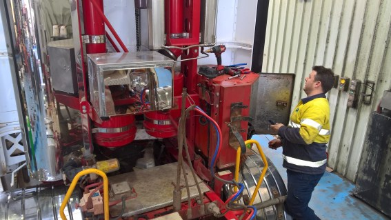 Twin Gen 20 systems fitting to 15 litre diesel truck by coogee chemicals
