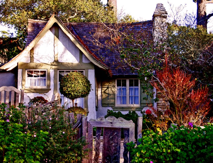 carmel-cottage
