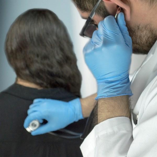 Blue Medical Nitrile Gloves