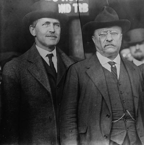 James R. Garfield (left) and President Theodore Roosevelt