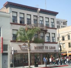"""This retail establishment on Colorado Blvd. in """"Old Town"""" Pasadena, California is the only surviving commercial building by Greene & Greene."""