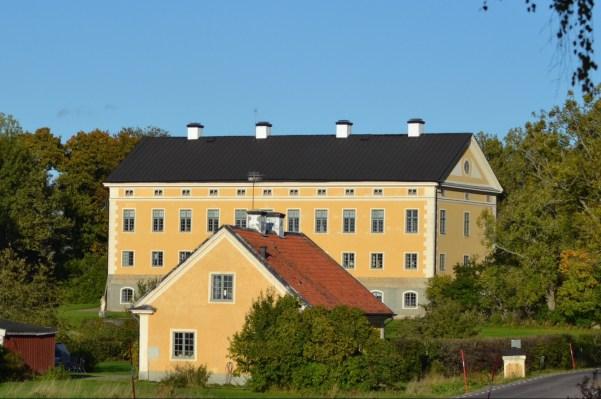 Hylinge (photo taken 6 Oct 2012 by hcorper - Flickr)