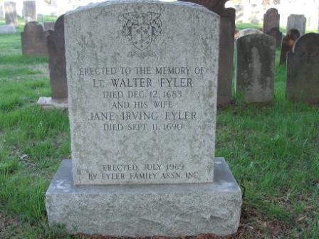 Lt. Walter Fyler's grave marker in Windsor, Connecticut