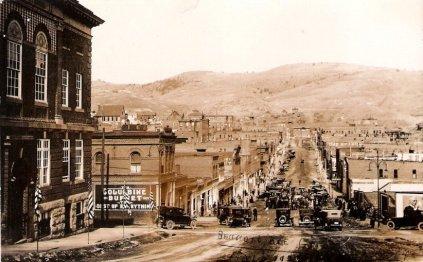 Bennett Avenue, Cripple Creek (about 1920)