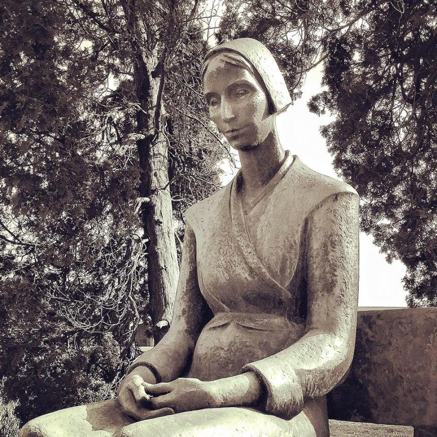 Mary Dyer statue, Earlham College, Richmond, Indiana (photo credit: Julie Esker Dishman)