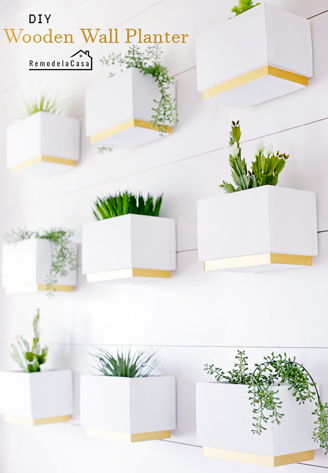 DIY Wood Box Planters Gallery - RemodelaCasa