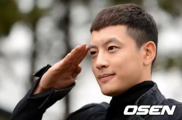 Se7en Choi Dong Wook Military