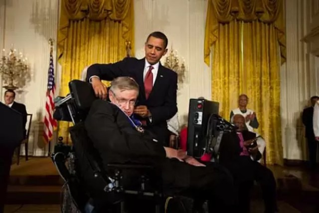 President Obama awarding the Medal of Freedom to Stephen Hawking in 2009
