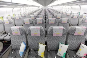 EVA-Air-Hello-Kitty-jet-04