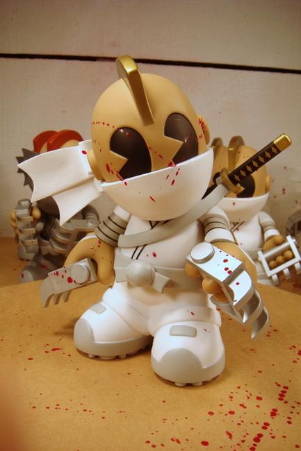 kidrobot 14 blood kidninja huck gee