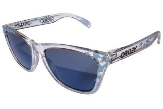 colette x Oakley Frogskins Sunglasses