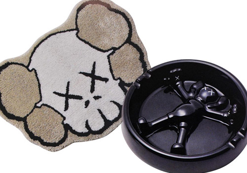 Gallery 1950 x KAWS Carpet & Ashtray
