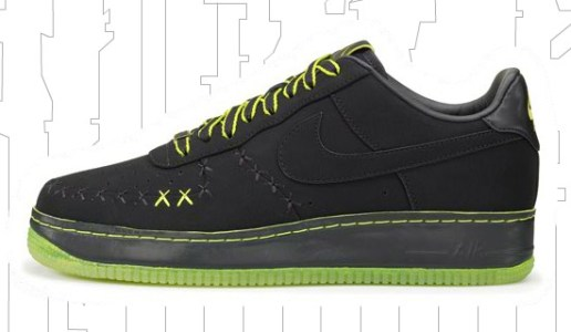 KAWS x Nike 1World Air Force 1