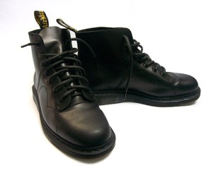 Dr. Martens 7-Hole Boot 2008