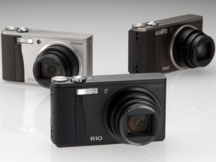 Ricoh R10 Digital Compact Camera
