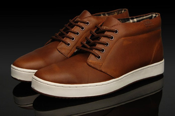 Vans Vault LX Chukka | Authentic