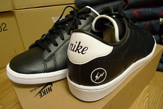 fragment design x Nike Tennis Classic for Sichuan Earthquake