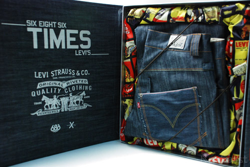 Levi's x 686 The Times Limited Edition Box