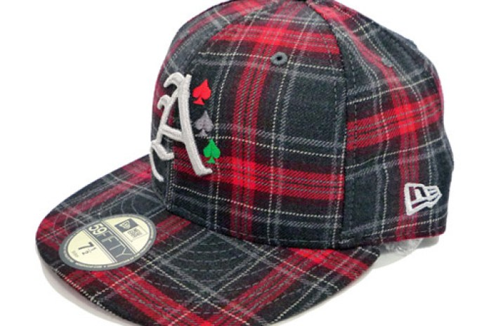 """atmos x New Era 59FIFTY """"Check"""" Fitted Caps"""