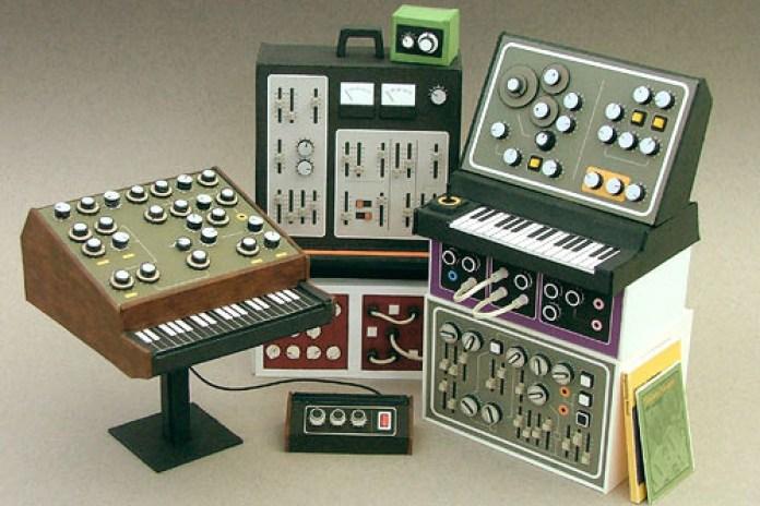 Dan McPharlin's Mini Retro Synthesizers