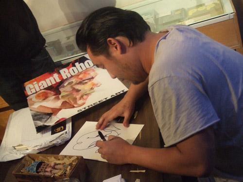 """David Choe's """"Choegal"""" Signing"""