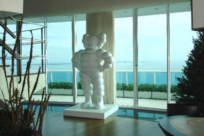 KAWS White Chum Statue