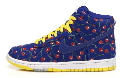 Nike Women's Cherry Dunk Hi