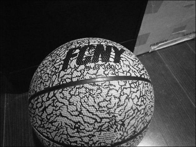 Flight Club Cement Print Basketball