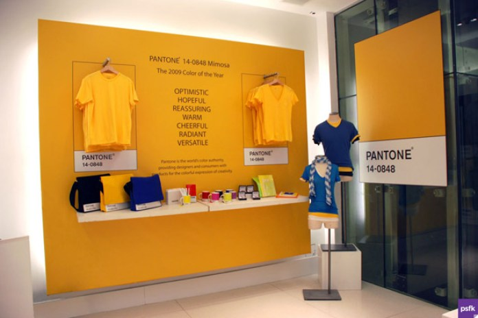 Gap x Pantone Pop-Up Store