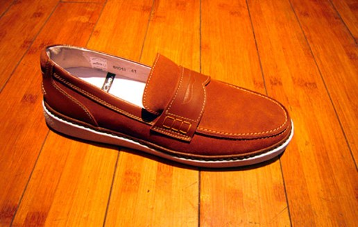 Be Positive 2009 College Suede Loafers