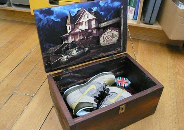 Coraline x Nike Dunk High Collector's Box