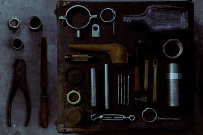 L'Homme Yves Saint Laurent Healthy Look Tools