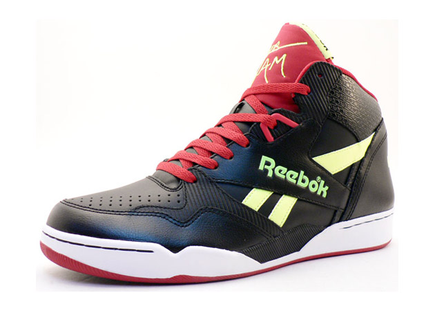 "Reebok Sir Jam Mid ""Super Heroes"" Pack"