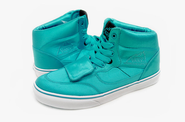 Vans Mountain Edition High Satin Pack