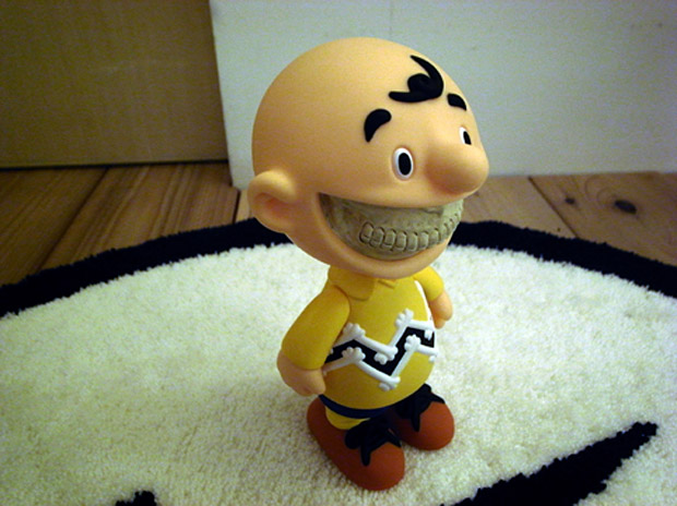 """Chapel of Dawn x Ron English x Made by Monsters """"Grin Evil Charlie Brown"""" Vinyl"""