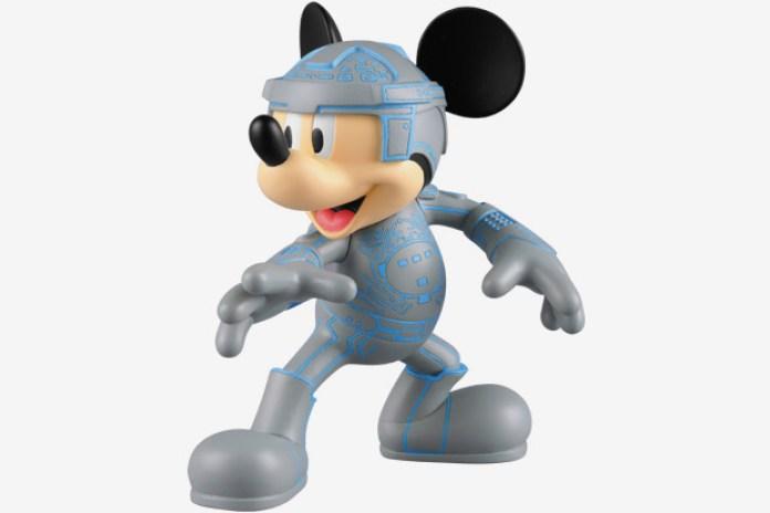 "Medicom Toy Mickey Mouse ""Tron 2"""