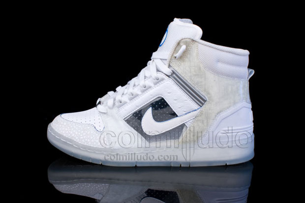 "Nike Air Force II ""Nintendo Wii"" Colorway"