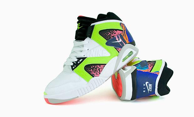 Nike Air Tech Challenge Hybrid
