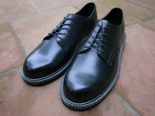 S/DOUBLE Service Shoe