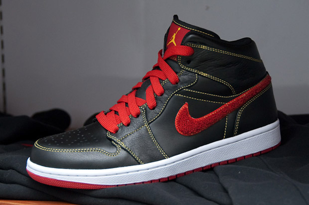 Air Jordan 1 Black/Red/Yellow Colorway