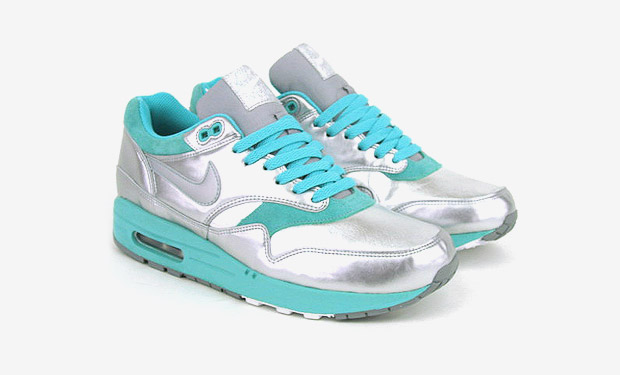 Nike Womens Air Max 1 - Metallic Silver/Turquoise Colorway